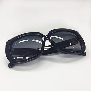SAINT LAURENTのサングラス